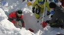 Под снегом. На Поднебесных Зубьях учат выживанию