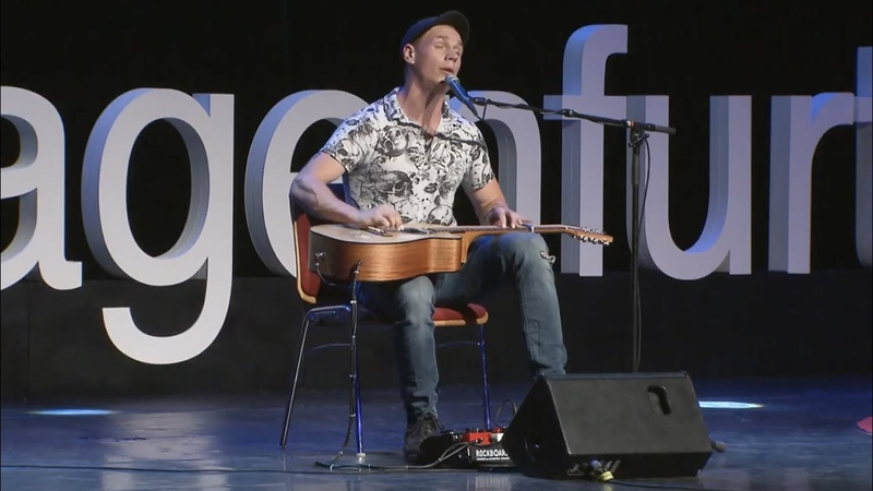 TedX - Why I Quit My Amazing Job To Become a Street Performer (Morf)