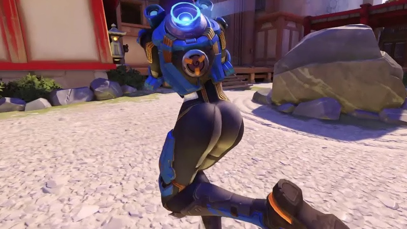 Tracer's ass 3rd person gameplay Close view Overwatch