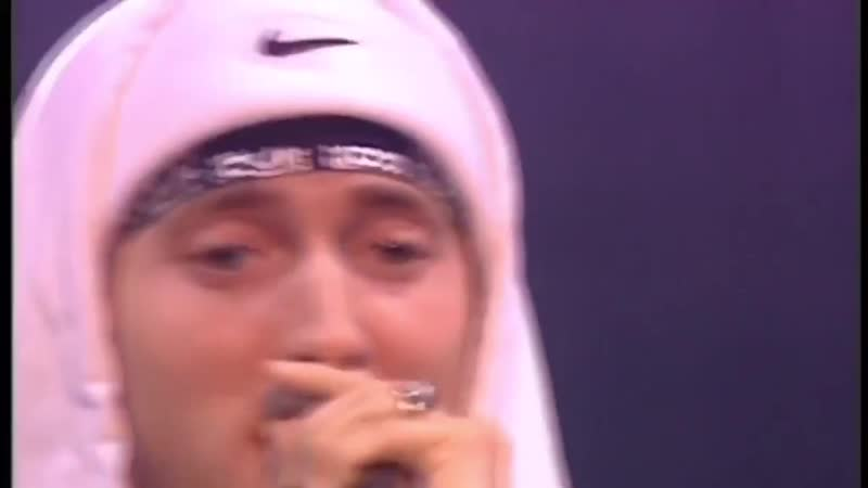Eminem Cleanin Out my Closet Live 2002