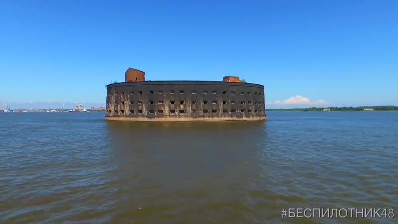 Кронштадт, крейсер Аврора и форты