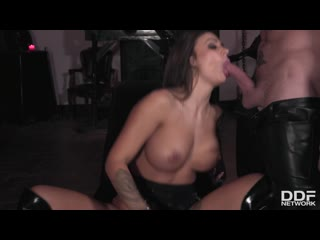 sexy images of housewives in oral sex