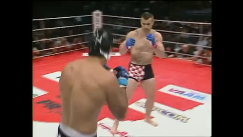Mirko Cro Cop Filipovic vs Dos Caras Jr Pride Bushido 1
