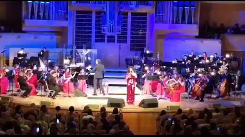 Белинда Дэвидс солистка Whitney Houston Show 01 11