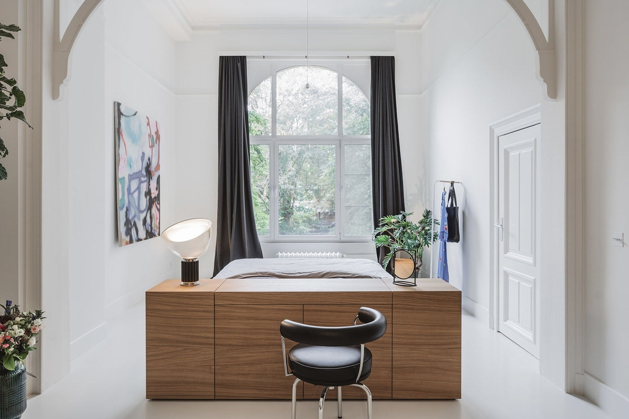 Renovation of an Art Nouveau family home in Antwerp by Sam Peeters, Toon Martens