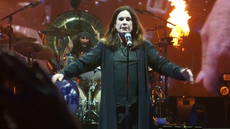Black Sabbath - intro Black Sabbath (Live @ Genting Arena, Birmingham, 2017.February.04)