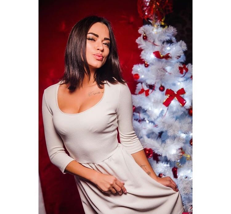 Bachelor Ukraine - Season 10 - Max Mihailuk - Contestants  - *Sleuthing Spoilers* WpadMIaeexs