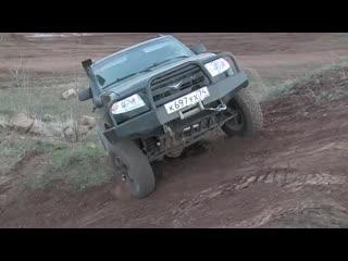 УАЗ 4x4 - Patriot с супер-понижайкой.