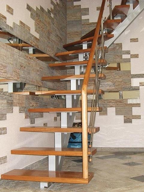 Лестница из профильной трубы своими руками: чертежи и пошаговый монтаж, изображение №2