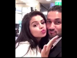 Selena Gomez with fan