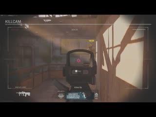 Amazing shot by a player in a 2v2 gunfight tournament. Modern Warfare