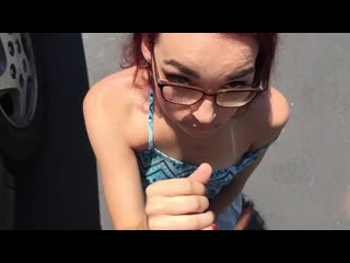 Out in public pov bj w facial