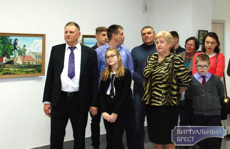 В Выставочном зале ООКЦ на улице Советской открылась экспозиция «Родныя берагi»