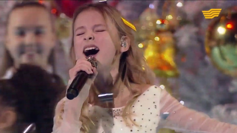 Данэлия Тулешова - All I Want For Christmas Is You (Cover by Mariah Carey )