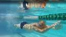 Какой спорт популярен в США среди детей? Роберт плавает за школу олимпийских чемпионов.