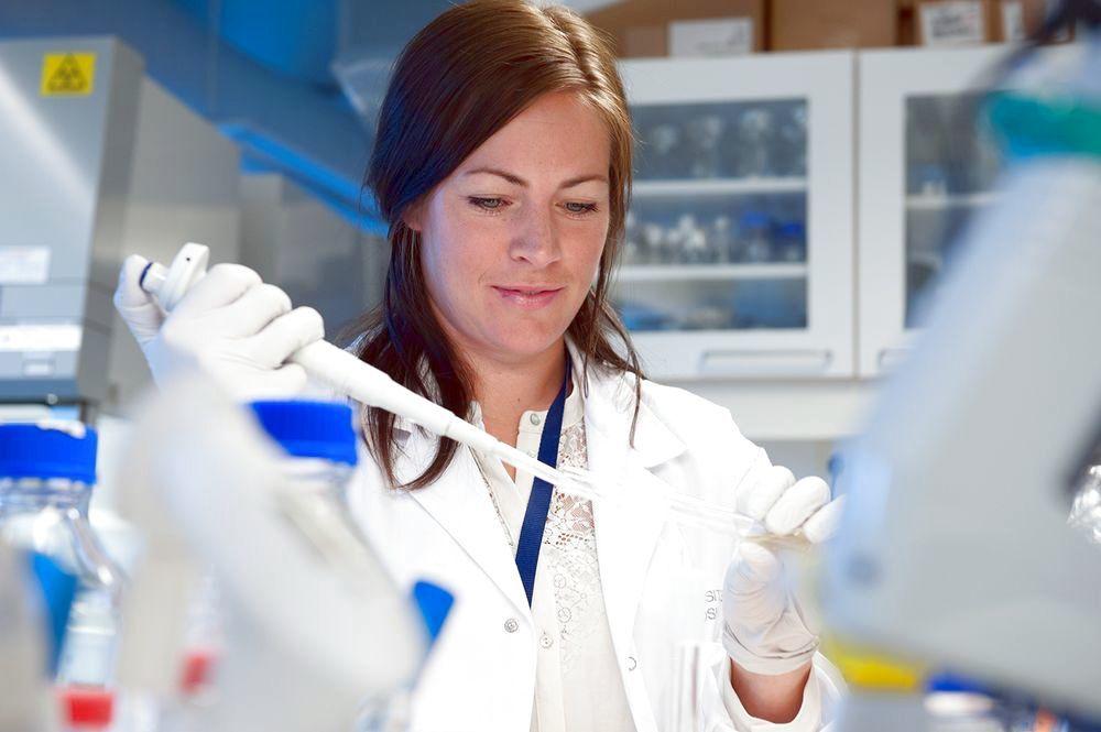 Что делает химический аналитик?