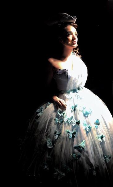 Ноеми в роли Наннерль в «Mozart l'Opera Rock »