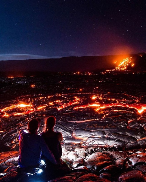 Остывающая лава вулкана Хуалалаи (Каилуа-Кона, Гавайи)