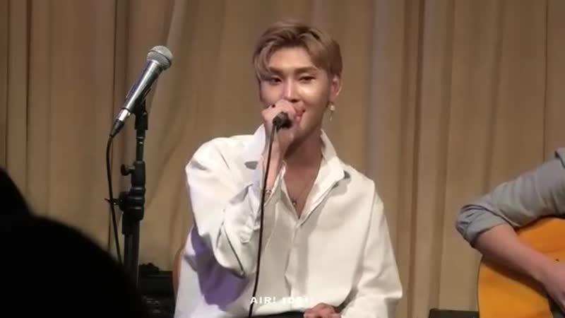 Гохён прекрасно поёт песню FTisland