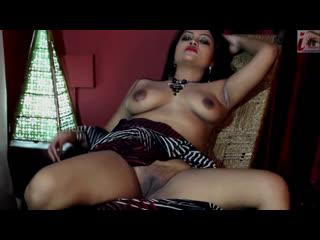 Seema Nude Shoot - iEntertainment