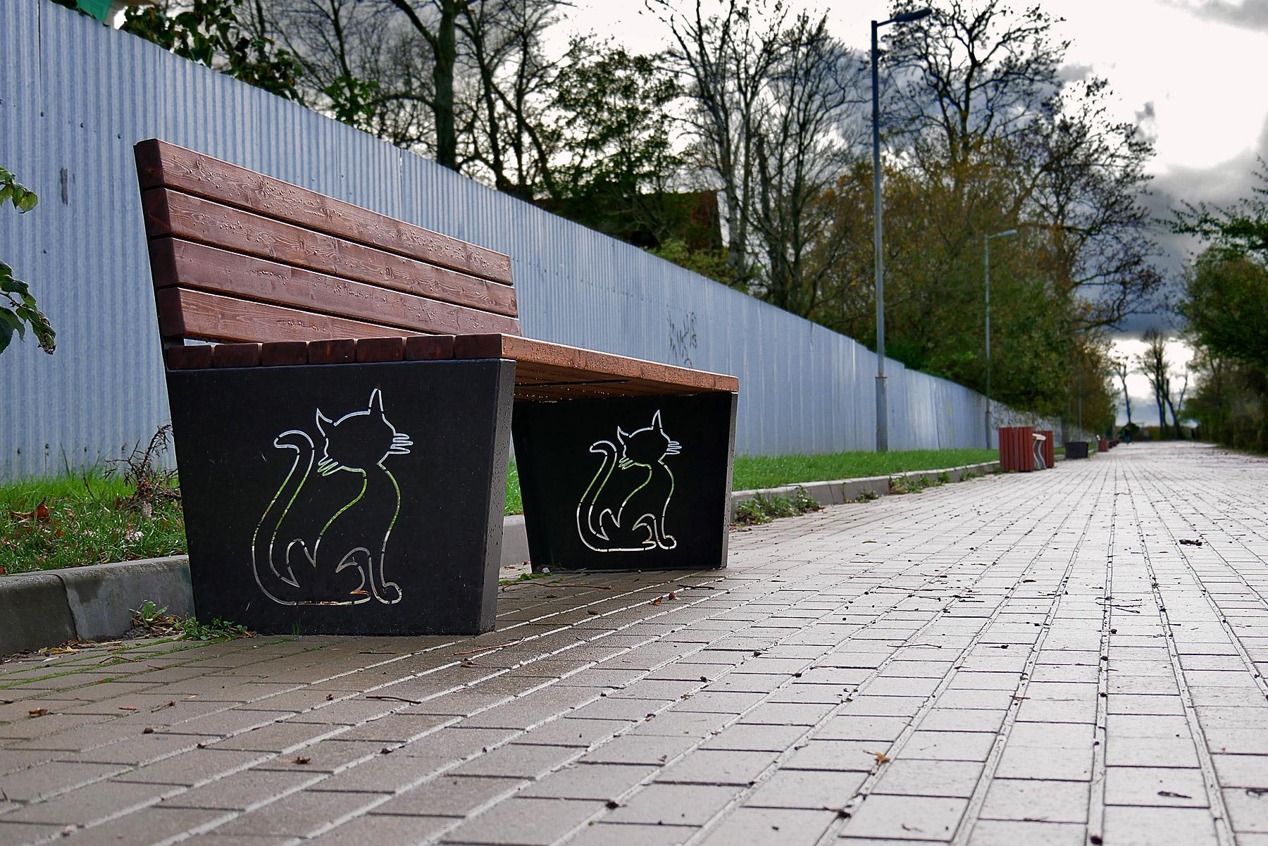 Скамейка на набережной Зеленоградска