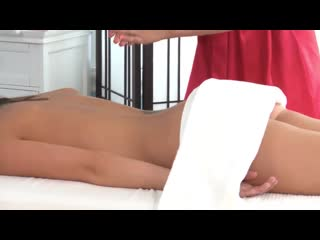 Vanessa Cage  lesbian massage 720HD[massagerooms, pussy liscking, lesbian sex, romantic sex, sensual, orgasm, erotic massage]+18