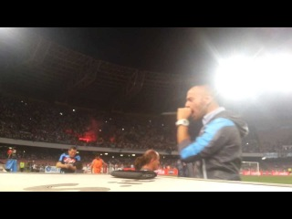 Decibel Bellini annuncia la rete numero 99 di Edinson Cavani in Napoli Inter 3-1