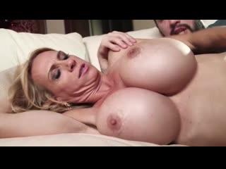 Brooke Tyler - I Love My Moms Big Tits 2 (Я Люблю Большие Сиськи Моей Мамы 2)
