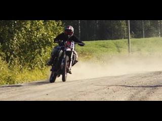 Sportbike engine ON DIRT - Suzuki GSX-R 1000cc