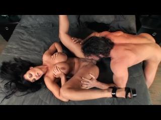 Big Tit MILF Lisa Ann Fucks Her Neighbor - porn boobs cumshot slut facial tits