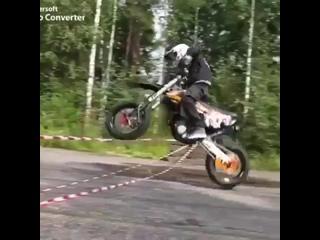 Крутейший трюк на мотоцикле rhentqibq nh.r yf vjnjwbrkt rhentqibq nh.r yf vjnjwbrkt rhentqibq nh.r yf vjnjwbrkt