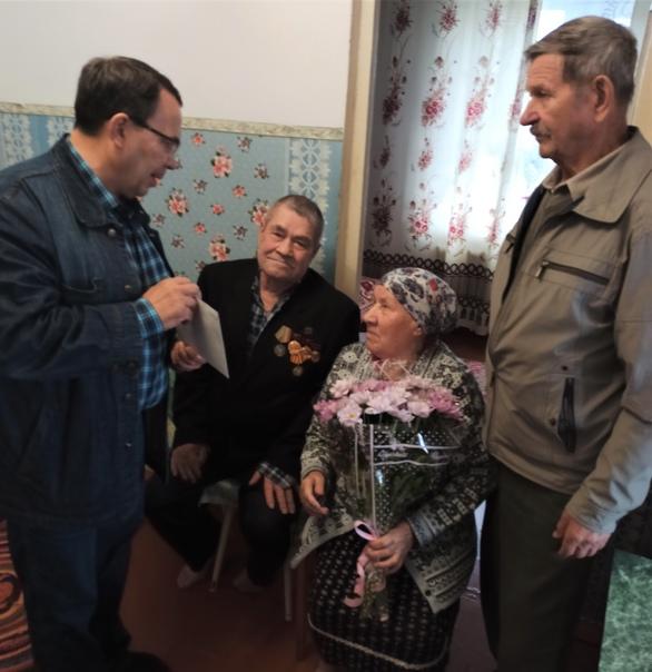 15 сентября одной из старейших жительниц села Холмогорское Анне Карповне Амехиной исполнилось 90 лет