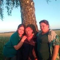 Фотография страницы Евгении Карповой ВКонтакте