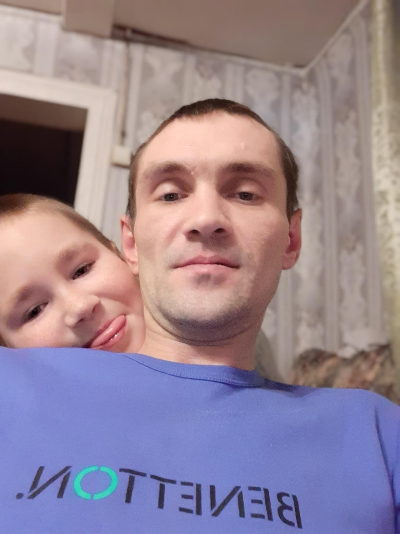 Юрий, 37, Murmansk