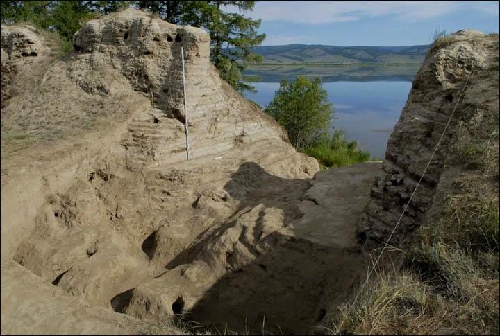 Тайна древней крепости Пор-Бажын, построенной на острове в сибирском озере, изображение №18