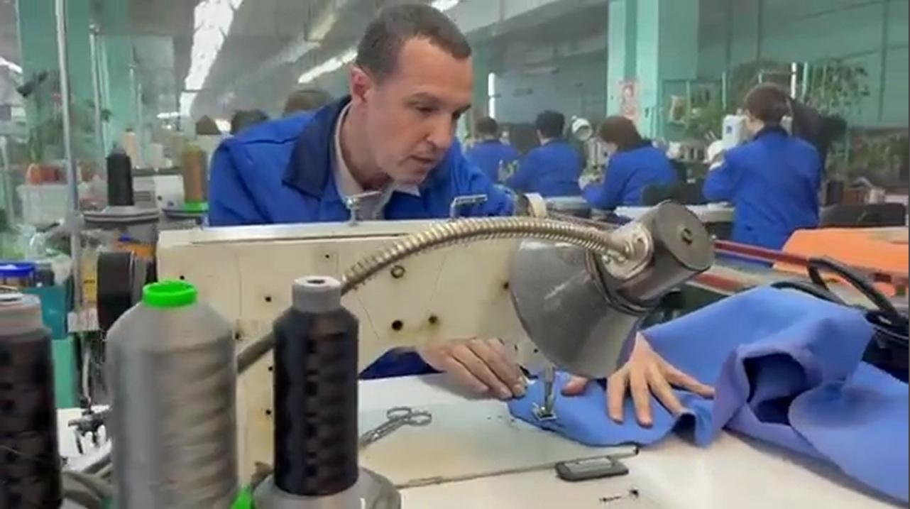 Игорь Верник работает на обувной фабрике в Кимрах   Видео