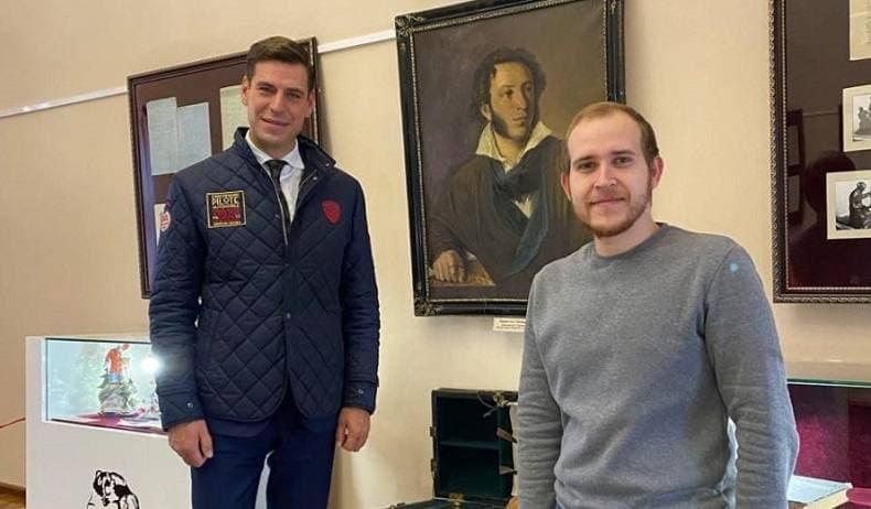 Актер Дмитрий Дюжев посетил Оренбург