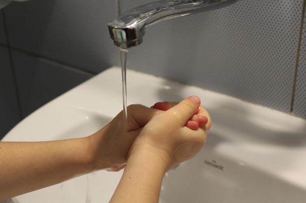 В течение двух дней в Кирове отключат воду в десят...