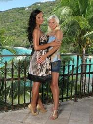 Lola & Nataly