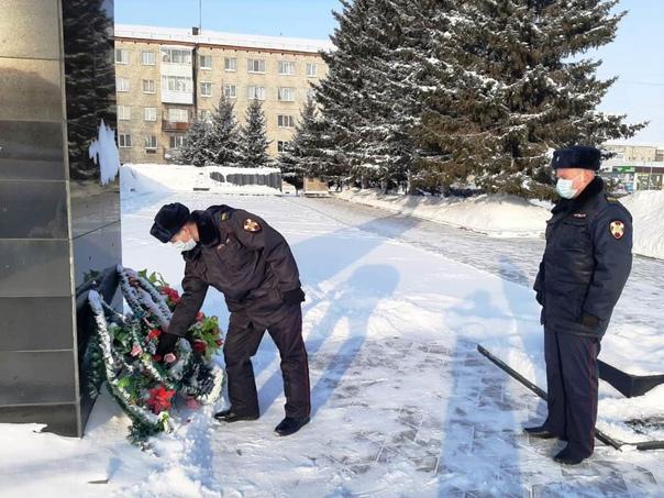Томские росгвардейцы приняли участие во всероссийской акции «Защитим память героев», изображение №3