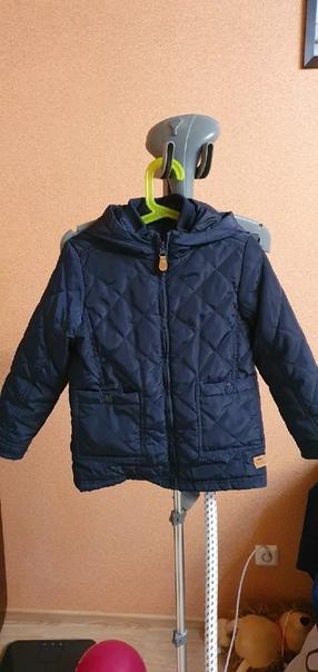 Продам демисезоную куртку ростовка 116, Синарский ...