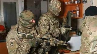 РАБОТАЕТ СПЕЦНАЗ ФСБ облава на экстремистов оперативная съёмка
