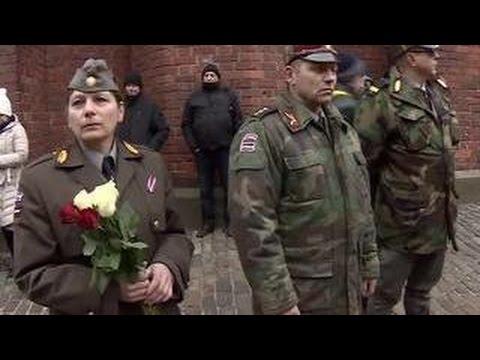 Дайте дорогу фашистам: в Латвии провели шествие памяти дивизиям Гитлера