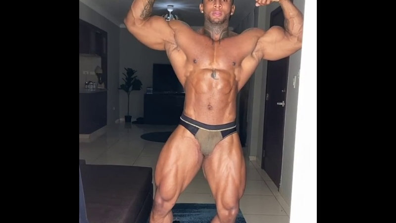 Fabian Raba oiling up and posing
