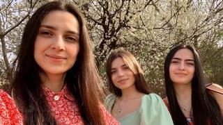 Trio Mandili - Sheni Marti (Your March)