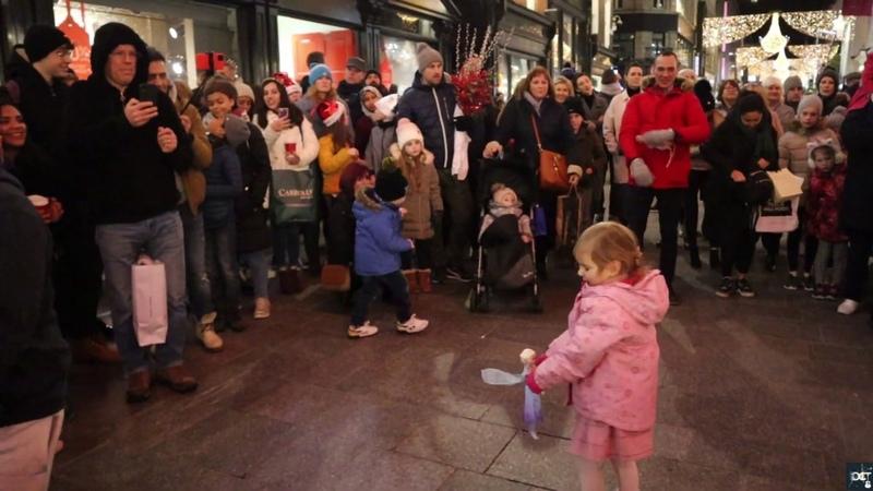 Padraig Cahill's sister Aíne joins him for a rendition of Little Lion Man Mumford Sons смотреть онлайн без регистрации