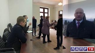 Ялта ЛДПР прием граждан депутат ГД Шперов П.В.
