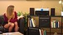 Diana testet einen WLAN-HiFi-Tuner für grenzenloses Musikvergnügen bei PEARL TV