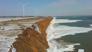 Приморск. Азовские кручи, зимняя красота побережья .Дикие утки.