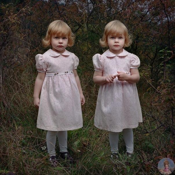 Фотографии, полные таинственности и тишины, это проект чешского фотографа Tereza Vlčová, посвященный близнецам